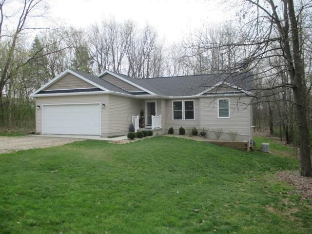 923 Winesap Drive, Howard, OH 43028 (MLS #219012342) :: Berkshire Hathaway HomeServices Crager Tobin Real Estate