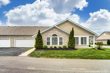 4231 Stream Bank Lane, Hilliard, OH 43026 (MLS #219014765) :: Signature Real Estate