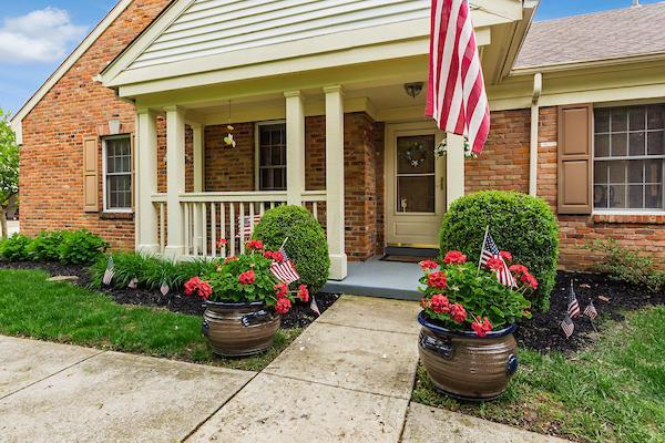 2226 Montague Court, Columbus, OH 43220 (MLS #219016195) :: ERA Real Solutions Realty