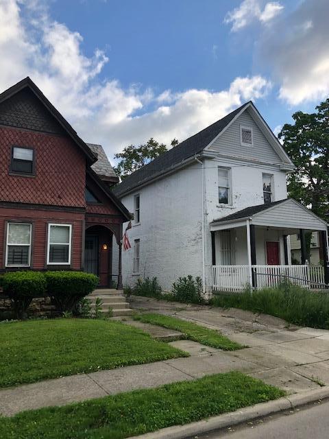 904 E Mound Street, Columbus, OH 43205 (MLS #219017246) :: Signature Real Estate