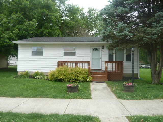 109 N Main Street, Williamsport, OH 43164 (MLS #219021735) :: Berkshire Hathaway HomeServices Crager Tobin Real Estate
