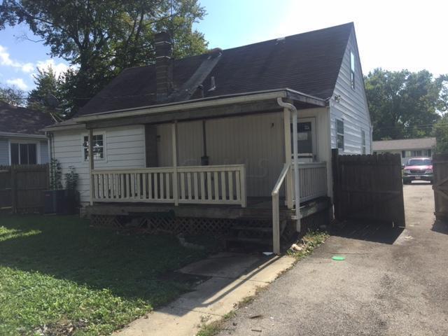 1326 Elmore Avenue - Photo 1