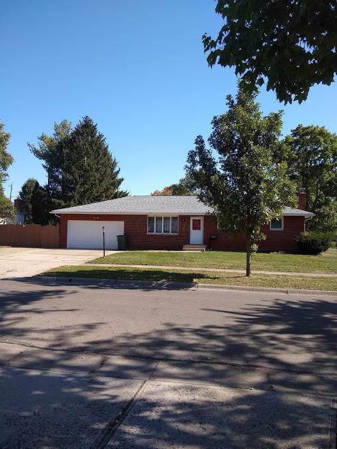 5700 Sandalwood Boulevard, Columbus, OH 43229 (MLS #219039149) :: Core Ohio Realty Advisors