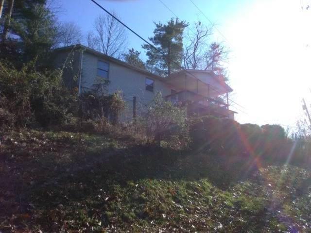 15 Koker Lane, Nelsonville, OH 45764 (MLS #219043110) :: RE/MAX ONE