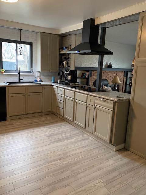1746 Pin Oak Drive, Columbus, OH 43229 (MLS #219044780) :: Signature Real Estate