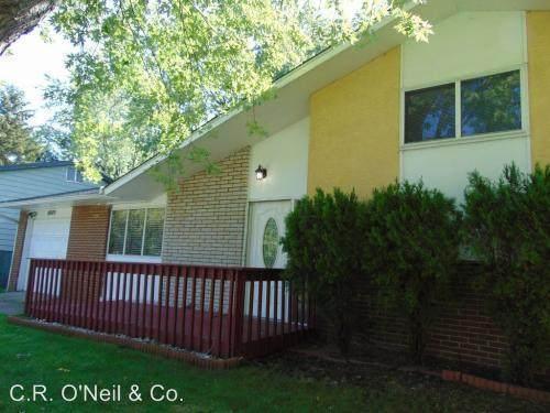 4989 Keelson Drive, Columbus, OH 43232 (MLS #220004833) :: Sam Miller Team