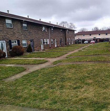 2363 Woodbrook Circle N #116, Columbus, OH 43223 (MLS #220005568) :: The Clark Group @ ERA Real Solutions Realty