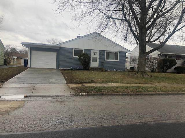882 Stephen Drive W, Columbus, OH 43204 (MLS #220005572) :: The Clark Group @ ERA Real Solutions Realty