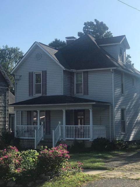 70 N 21st Street, Newark, OH 43055 (MLS #220005613) :: Core Ohio Realty Advisors