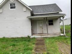 8481 NW State Rt 555, Crooksville, OH 43731 (MLS #220016758) :: Susanne Casey & Associates