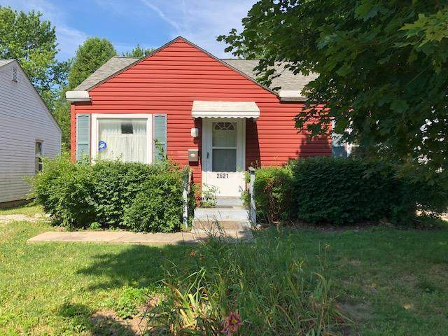 2621 Atwood Terrace, Columbus, OH 43211 (MLS #220021602) :: The Raines Group