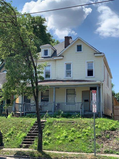 545 W 3rd Avenue #47, Columbus, OH 43201 (MLS #220024796) :: The Clark Group @ ERA Real Solutions Realty
