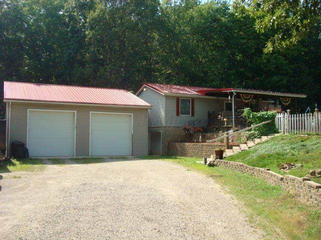 3907 Liberty Hill Road, Chillicothe, OH 45601 (MLS #220025887) :: Susanne Casey & Associates