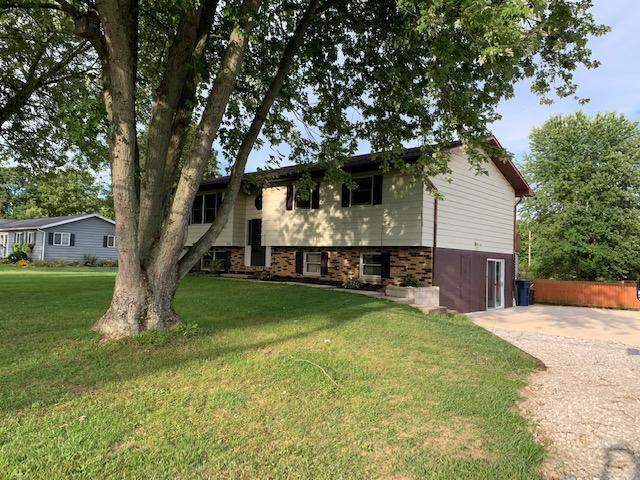113 Meadow Lane, Newark, OH 43056 (MLS #220030238) :: The Clark Group @ ERA Real Solutions Realty