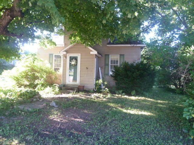 5039 W 2nd Street W, South Bloomfield, OH 43103 (MLS #220030965) :: CARLETON REALTY