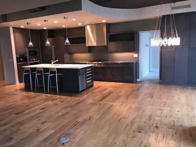 1 Miranova Place #2330, Columbus, OH 43215 (MLS #220043345) :: Greg & Desiree Goodrich | Brokered by Exp