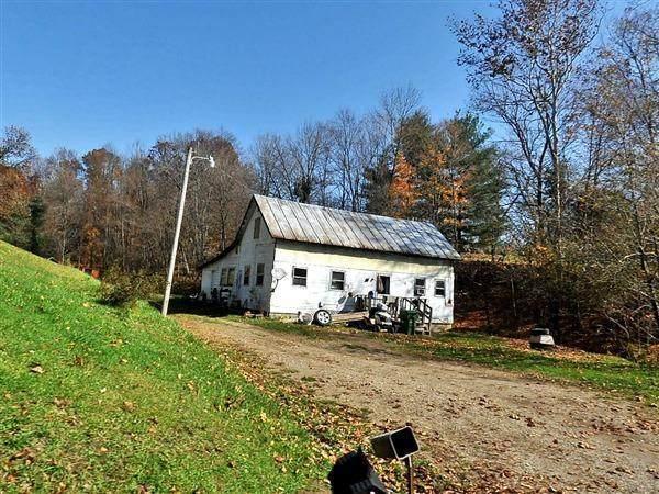 1559 Dutch Lane NW, Newark, OH 43055 (MLS #221001434) :: Signature Real Estate