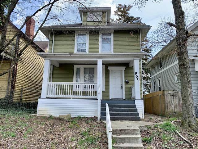 960 Ellsworth Avenue, Columbus, OH 43206 (MLS #221010249) :: RE/MAX ONE