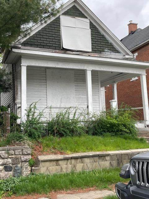 818 Bellows Avenue, Columbus, OH 43223 (MLS #221011151) :: CARLETON REALTY