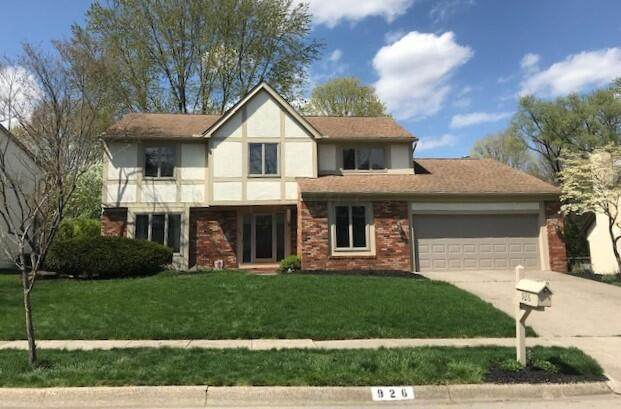 926 Loch Ness Avenue, Worthington, OH 43085 (MLS #221011553) :: Jamie Maze Real Estate Group