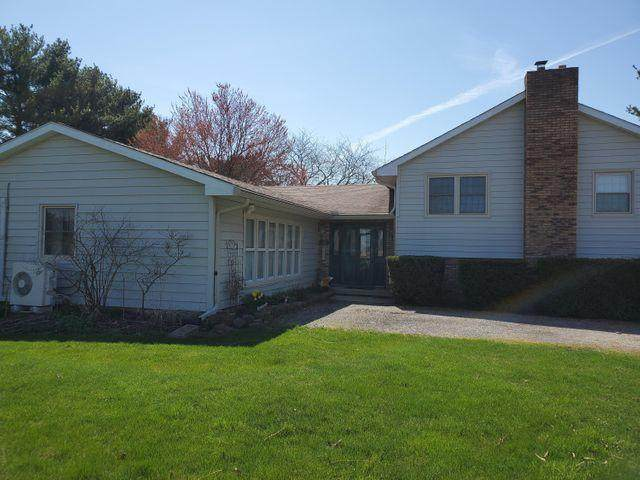 2425 Willow Road, Springfield, OH 45502 (MLS #221011989) :: The Holden Agency