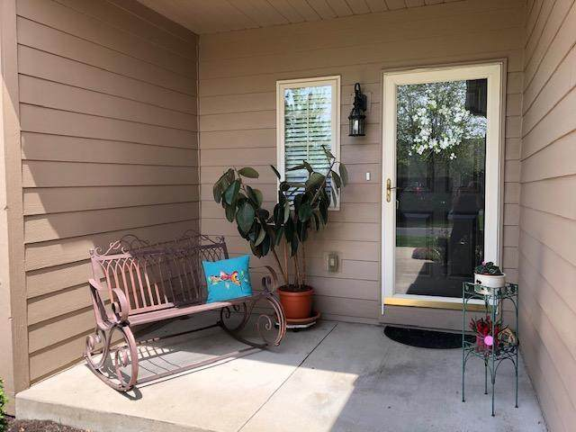 16 Claire Court, Circleville, OH 43113 (MLS #221016112) :: Susanne Casey & Associates