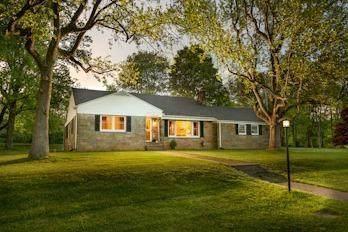 17989 Coshocton Road, Mount Vernon, OH 43050 (MLS #221017280) :: Jamie Maze Real Estate Group