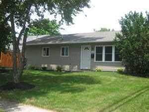 7258 Warwick Avenue, Reynoldsburg, OH 43068 (MLS #221017577) :: Jamie Maze Real Estate Group