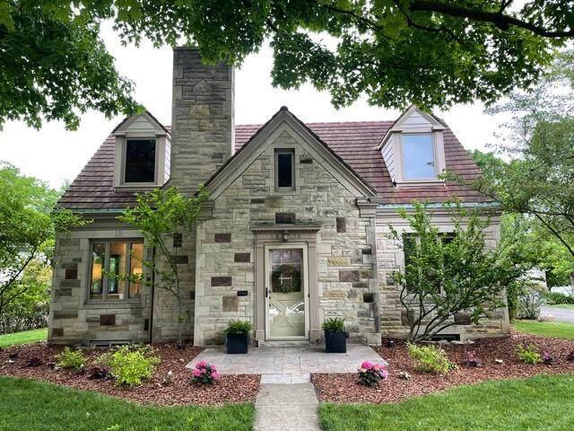 1856 Baldridge Road, Columbus, OH 43221 (MLS #221018540) :: CARLETON REALTY