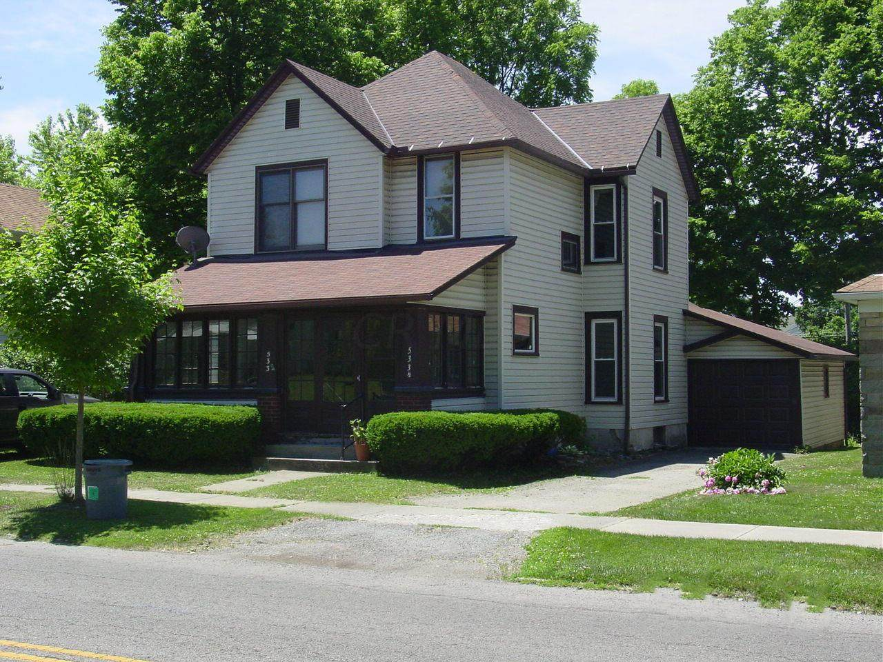 533 Madriver Street - Photo 1