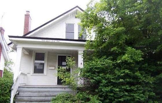 4749 Highridge Avenue, Cincinnati, OH 45238 (MLS #221019305) :: Berkshire Hathaway HomeServices Crager Tobin Real Estate