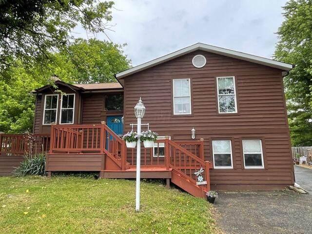 611 Oak Brook Place - Photo 1