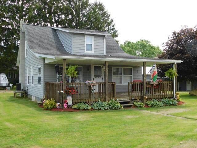 16 Smith Street, New Lexington, OH 43764 (MLS #221020178) :: CARLETON REALTY