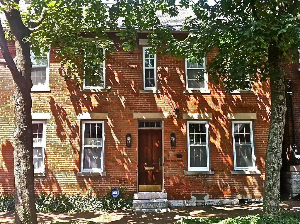 236 Jackson Street - Photo 1