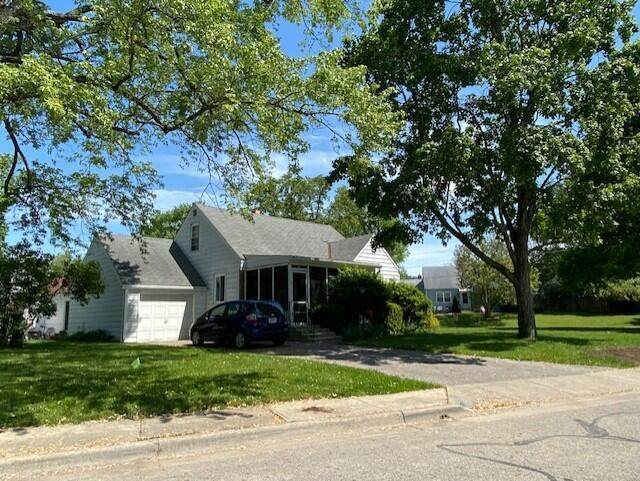76 W Lincoln Avenue, Worthington, OH 43085 (MLS #221020603) :: Exp Realty