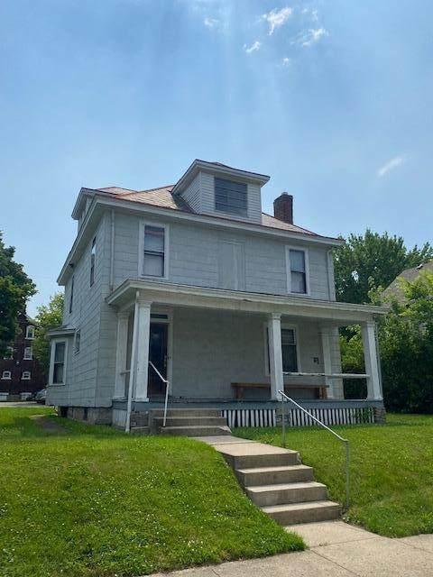 2216 Indiana Avenue, Columbus, OH 43201 (MLS #221021745) :: Signature Real Estate