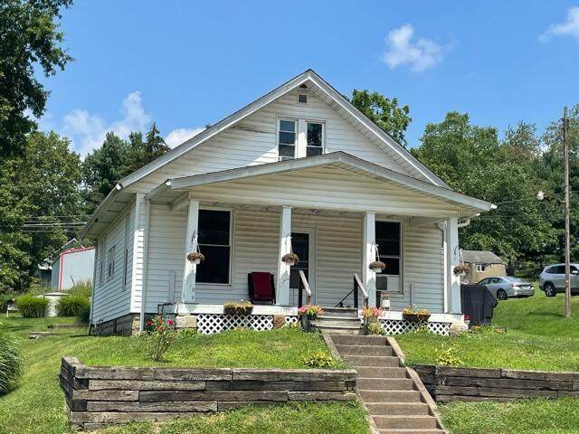 15765 Main Street, Brownsville, OH 43721 (MLS #221029543) :: Greg & Desiree Goodrich | Brokered by Exp