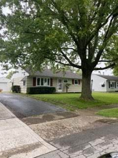 304 Middle Drive, West Jefferson, OH 43162 (MLS #221029560) :: Signature Real Estate