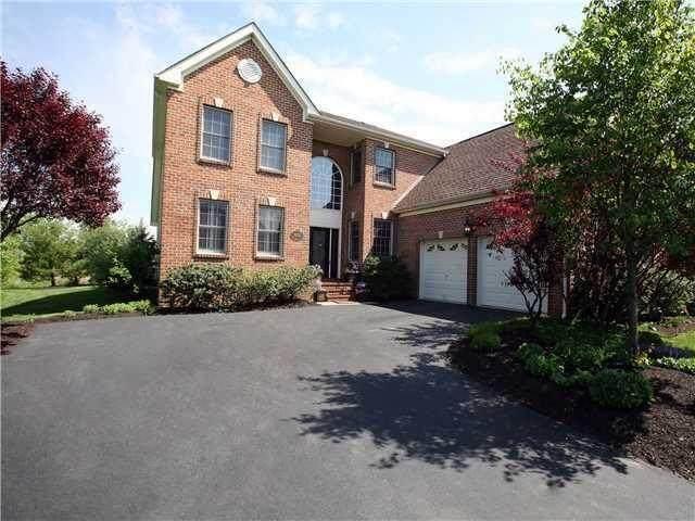 7074 Maynard Place E, New Albany, OH 43054 (MLS #221030363) :: 3 Degrees Realty