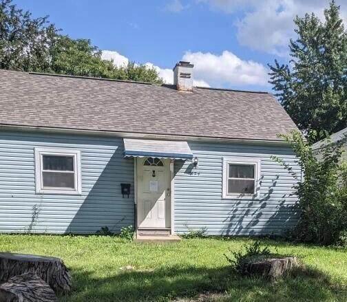 2624 Homecroft Drive, Columbus, OH 43211 (MLS #221035418) :: Signature Real Estate
