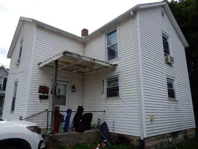 15 S Mulberry Street, Fredericktown, OH 43019 (MLS #221035457) :: Sam Miller Team