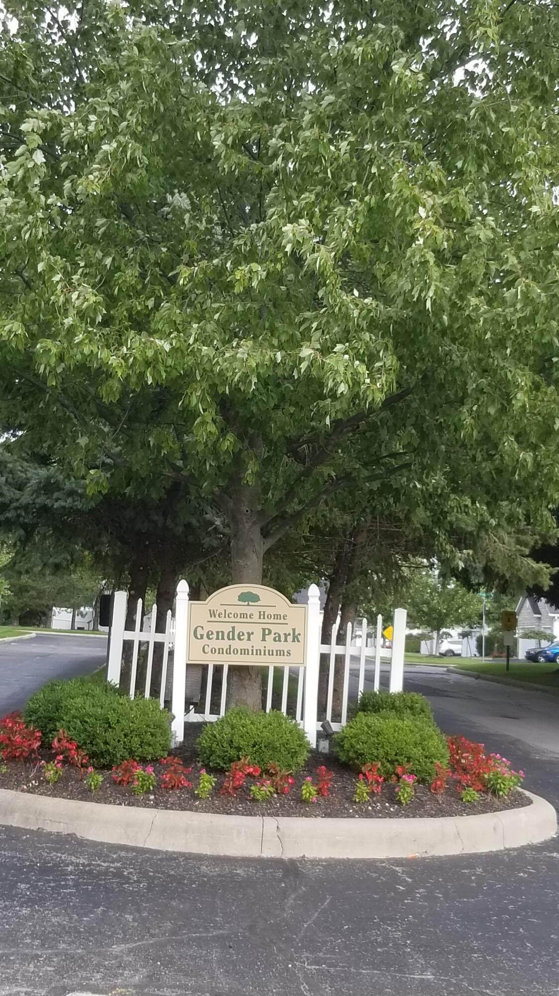 6698 Hamler Drive - Photo 1