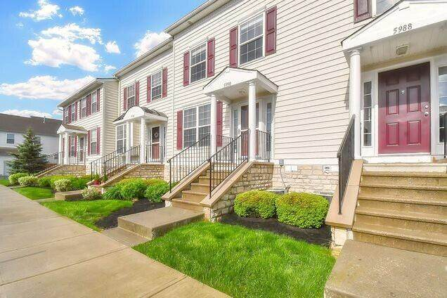 5990 Silver Charms Way 32-599, New Albany, OH 43054 (MLS #221037683) :: Ackermann Team