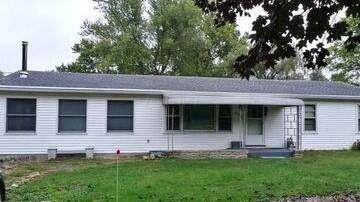 231 E Hanley Road, Mansfield, OH 44903 (MLS #221040396) :: Sandy with Perfect Home Ohio