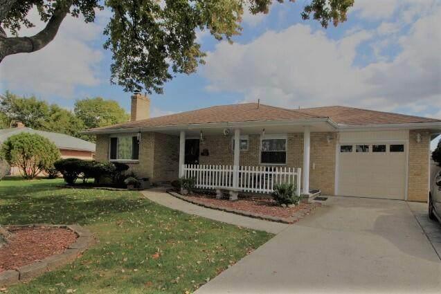 1142 Bronwyn Avenue, Columbus, OH 43204 (MLS #221041129) :: Jamie Maze Real Estate Group