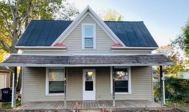 115 S Cedar Avenue, Lancaster, OH 43130 (MLS #221041214) :: Signature Real Estate