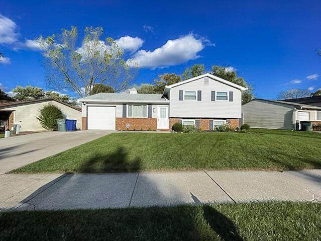 3690 Woodcutter Lane, Columbus, OH 43224 (MLS #221041294) :: Sandy with Perfect Home Ohio