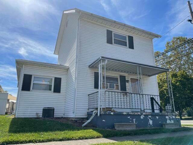 201 E High Street, Circleville, OH 43113 (MLS #221041926) :: RE/MAX ONE