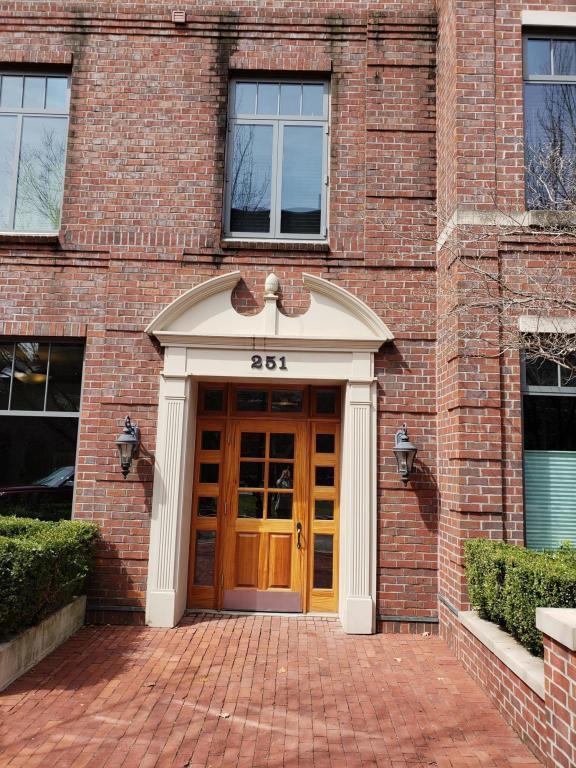 251 Daniel Burnham Square #601, Columbus, OH 43215 (MLS #218010719) :: RE/MAX ONE