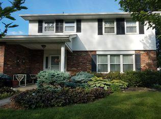944 Barclay Drive, Galloway, OH 43119 (MLS #218022850) :: Signature Real Estate